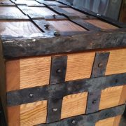 creating-medieval-chest