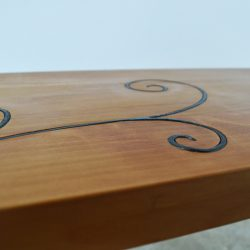 Romantic-bench-detail